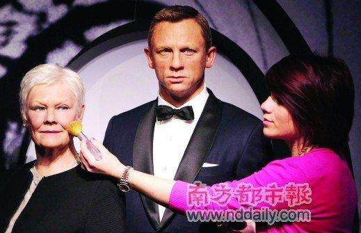 007入住杜莎夫人蜡像馆 邦德与M女士蜡像曝光