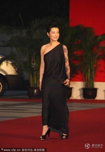 上海电影节红毯焦点榜 赵薇称霸闭幕式