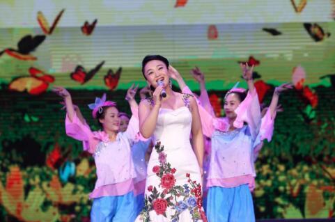 歌手高娟发新歌《拥抱春天》 传递美好生活理念