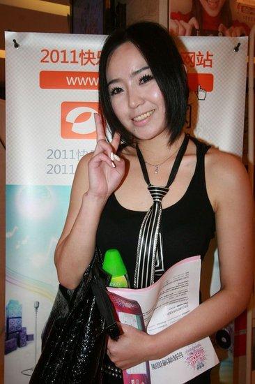 杭州快女酒吧歌手井喷 湘妹子十首歌走天下