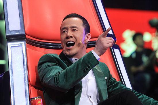 杨坤澄清在同性恋酒吧被拍:就是无意间等朋友
