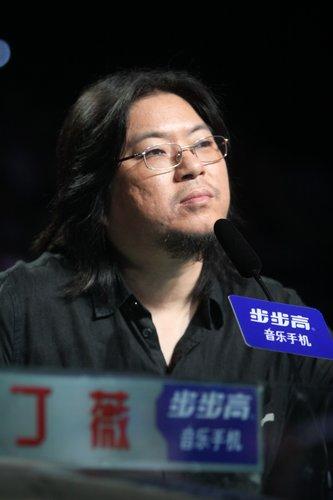 """快男6进5 高晓松猛批李行亮""""弃权门""""太冲动"""