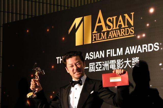 浅野忠信凭《临渊而立》获第11届亚洲电影节影帝