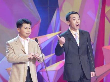 揭秘央视春晚首次审查 李菁何云伟亮相(图)