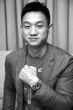 杨威高崚硕士读5年仍未毕业 或因超学时被清退