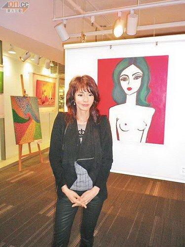 郑裕玲想画裸体男模 黎耀祥称愿充当裸体模特