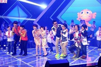 《中国新声代》首播献礼母亲节 杨宗纬卖萌撒娇