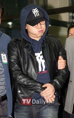 李成真涉嫌诈骗与赌博 9日首次公审自言正反省