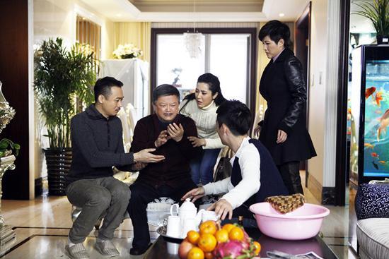 """《家宴》今登陆三大卫视 曾黎诠释""""淡定""""贤妻"""