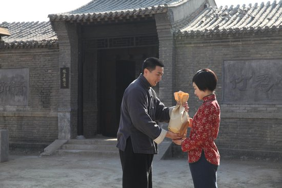保剑锋周冬雨新片《湘江北去》曝新剧照(图)