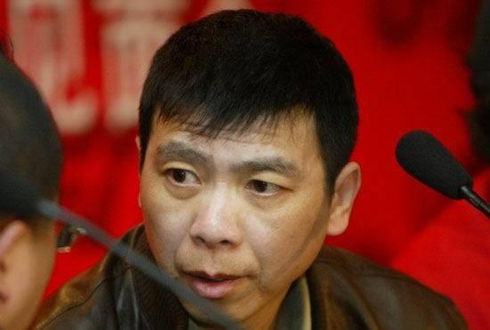冯小刚续约华谊 签5部新片称至少再干七八年