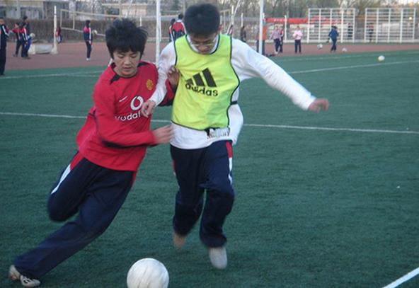 鹿晗参加的足球比赛