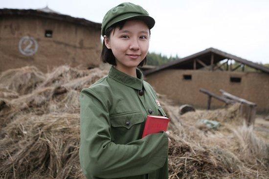 最近有一个电视剧是知青下乡然后参加高考,村长儿子爱图片
