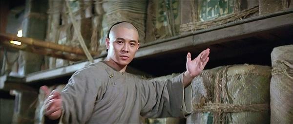 黄飞鸿65年银幕形象变迁:从宗师南拳到肌肉美颜