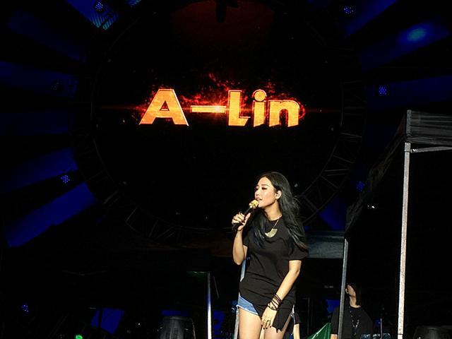 A-Lin金贵晟亮相珠海音乐节 17日杭州演唱会开唱