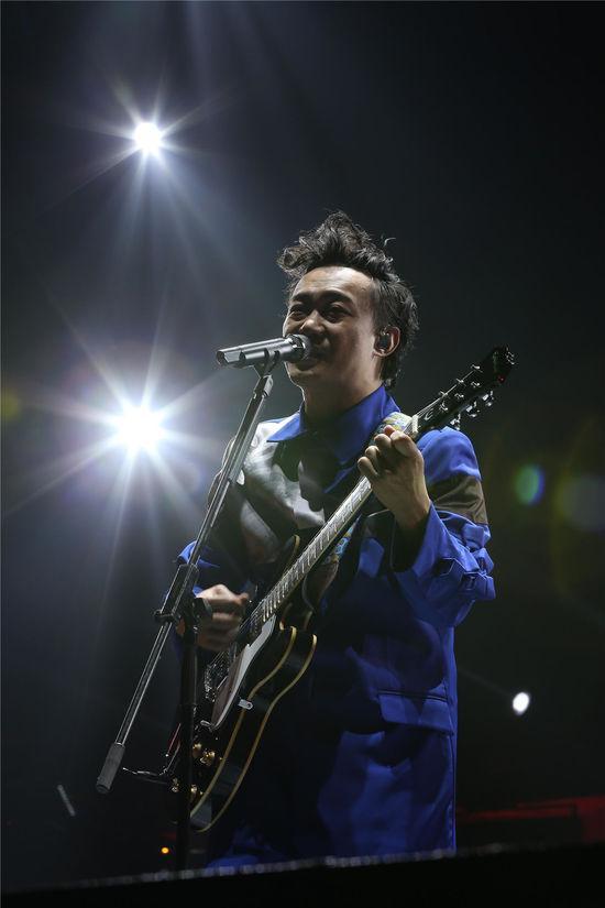 陈奕迅澳门跨年演唱会在即 魔幻舞台效果添花