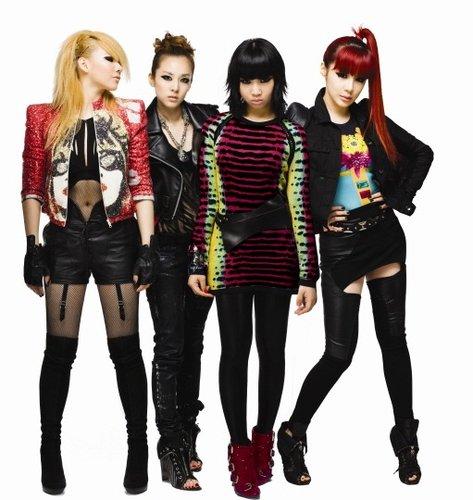 2NE1获两大音乐节目第一名 复出专辑人气鼎盛