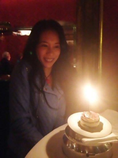 莫文蔚庆43岁生日 与德国老公同享甜蜜二人世界