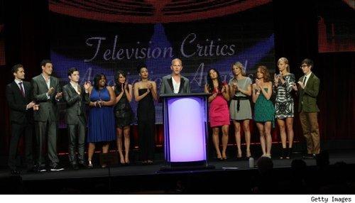 《欢乐合唱团》等美剧获美国电视评论协会大奖