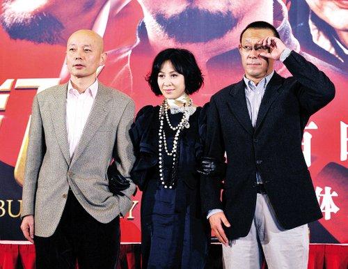 《让子弹飞》首映姜文:我让所有的演员都舒适了