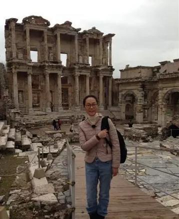 奚美娟:那个土耳其导游回头深深看了我们一眼