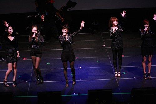 Wonder Girls全美巡演初战告捷 第一场大获成功