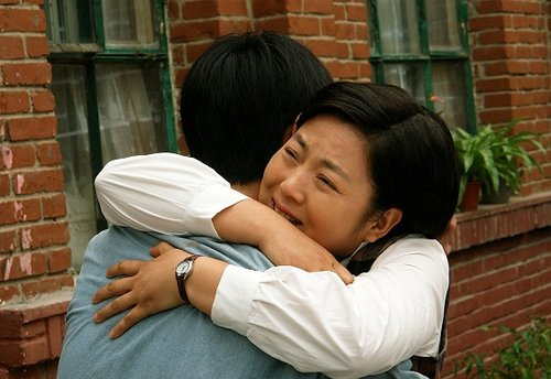 《大丽家的往事》天津热拍 众明星演绎时代巨变