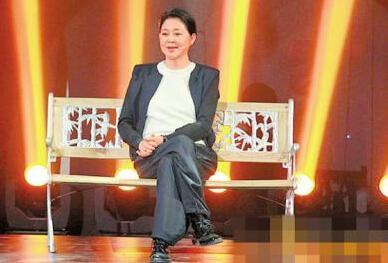 55岁倪萍为返央视减肥瘦20斤 节目收视飙升
