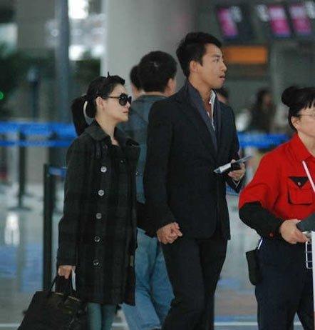 """大S北京见""""婆婆"""" 张兰对""""媳妇""""很满意"""