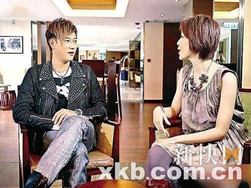陈键锋离巢炮轰TVB:签约10年都不加薪水