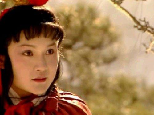 欧阳奋强赞新版《红楼》 称小宝玉比自己强
