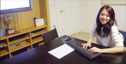 正文    国际在线娱乐报道 韩国人气组合kara日前与粉丝进行了网聊