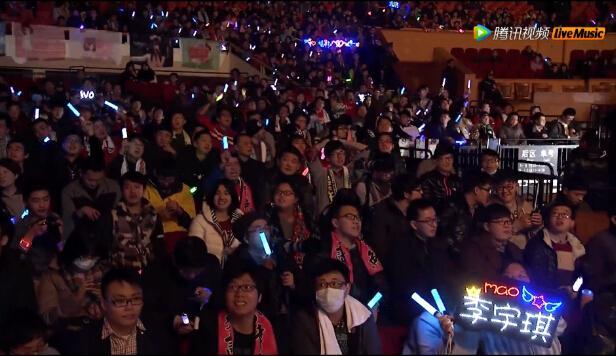 SNH48开唱揭晓30首热门金曲 2015拍摄泳装MV