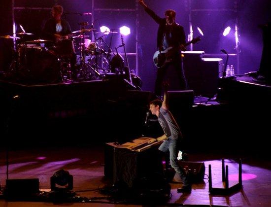 詹姆斯布朗特广州激情开唱 90分钟唱high全场