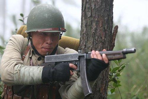 《战士》真实解放军遭议 王挺真情感谢网友(图)