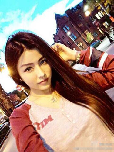 By2妹妹Yumi恋情被曝光 男友为香港赌王19岁儿