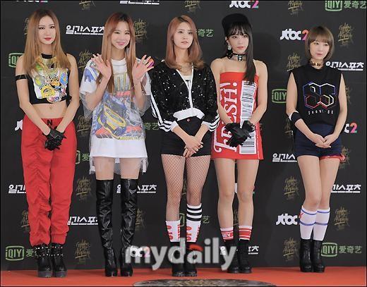 韩国香蕉组合EXID经纪已更签名个性女子a香蕉女生名为文化图片