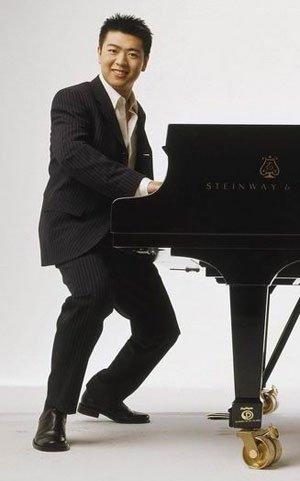 郎朗做客《少年进化论》 讲述曲折钢琴之路
