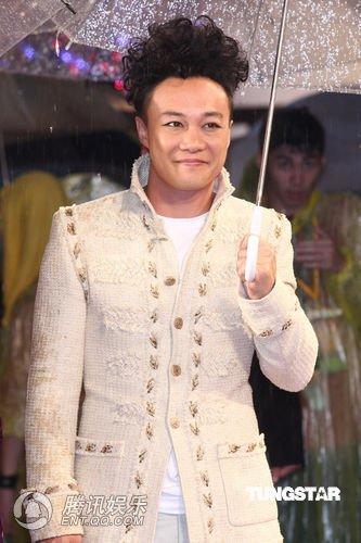 陈奕迅金曲意外落败最佳男歌手 被评假音不完美