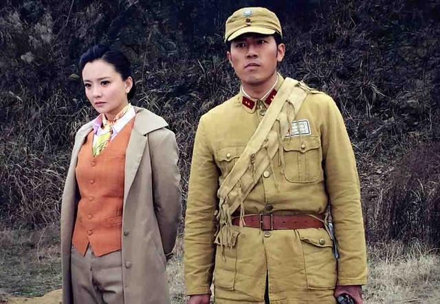 王铮领衔主演《红色护卫》被誉硬汉专业户