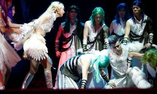 戏剧专家观摩音乐剧《罗丝湖》 盛赞月亮许十云