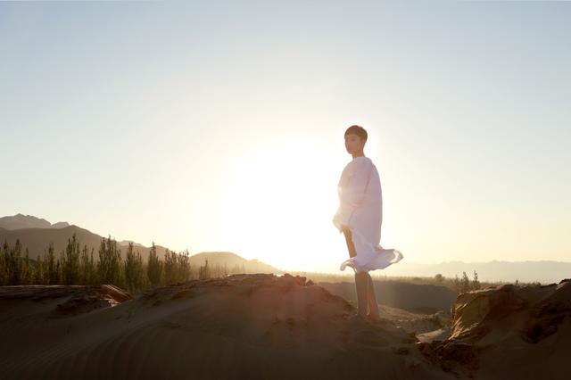 魏语诺《一个人的歌》MV首发 尽展魅力之声