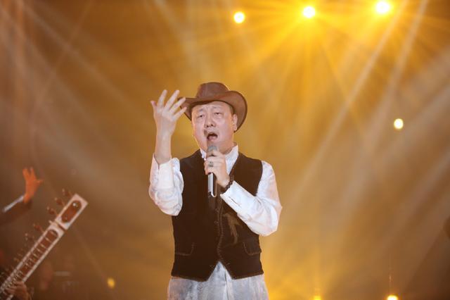 《歌手》韩磊获封四冠王 茜拉排第六总决赛堪忧