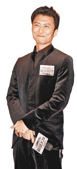 谢霆锋承认新加波探子 否认与前妻张柏芝复合