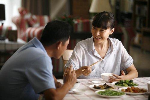 《手机》讲述中国式婚姻 柯蓝戏称应改名(图)