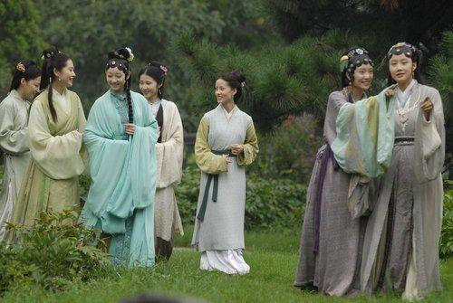 """新《红楼梦》热播 李少红影视作品""""气质""""相似"""