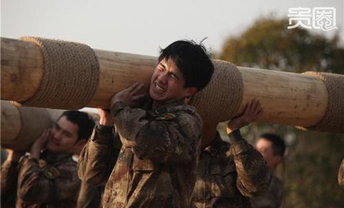"""95后""""小小鲜肉""""强势来袭:谁能接棒鹿晗、杨洋?"""