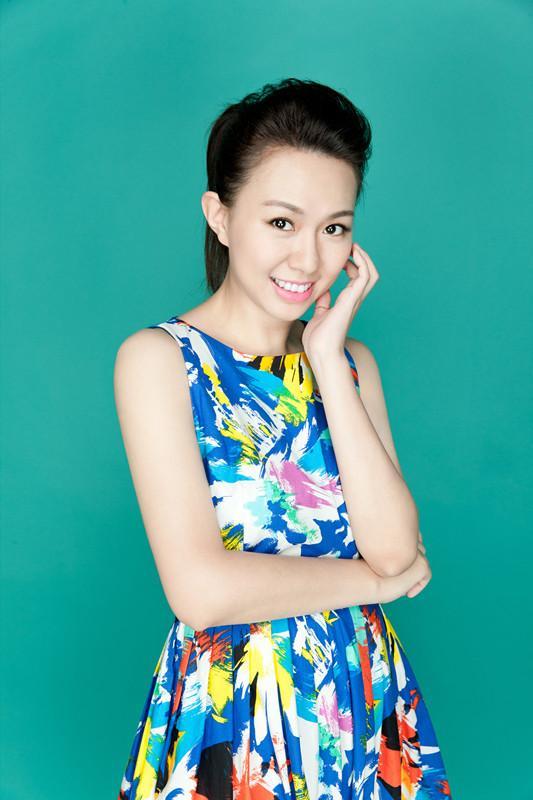 卓依婷巡回演唱会明年将举办 签约新东家北京熊焱国际