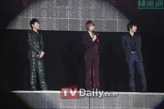 JYJ举行世界巡演 有天称能演唱JYJ的歌很幸福