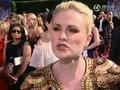 视频:艾美奖红毯 伊娃等众女星谈笑风生